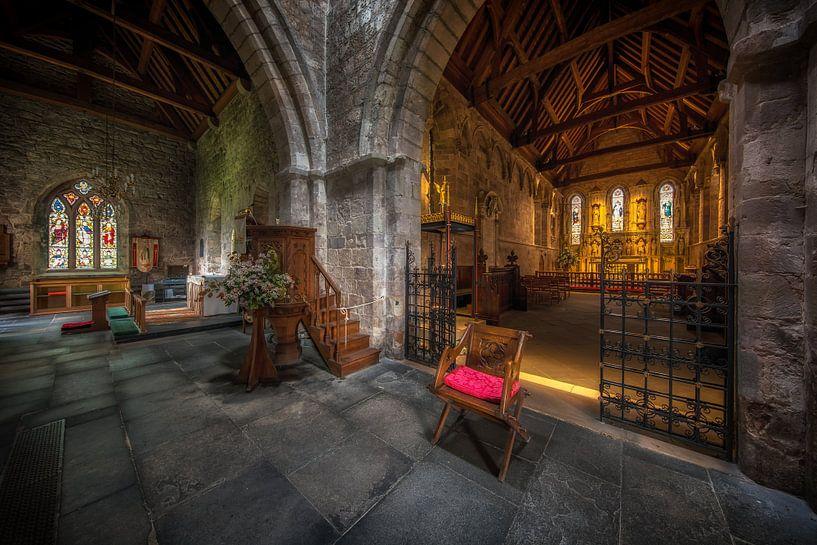 Pray to god in St Aidan's Church van Steven Dijkshoorn