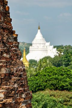 Hsinbyume Pagoda, Myanmar van Johannes Grandmontagne