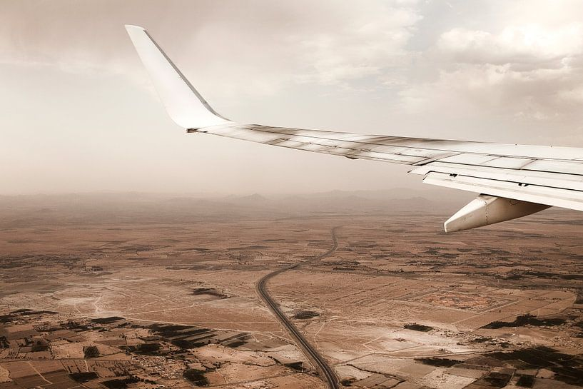 Uitzicht Marokko vanuit vliegtuig van Marloes Bogaarts