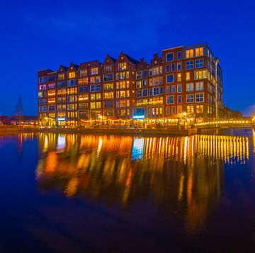 Turfmarkt in blauwe uurtje van peterheinspictures