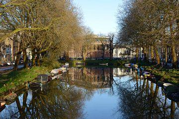 Stadsbuitengracht in Utrecht met Weerdsingel Oostzijde en Asch van Wijckskade von In Utrecht