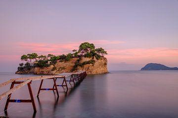 Cameo Island Zakynthos Griekenland van Han Kedde