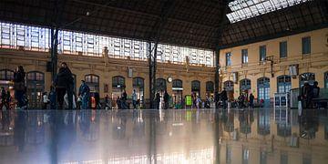 Station València-Nord sur Rob van der Teen