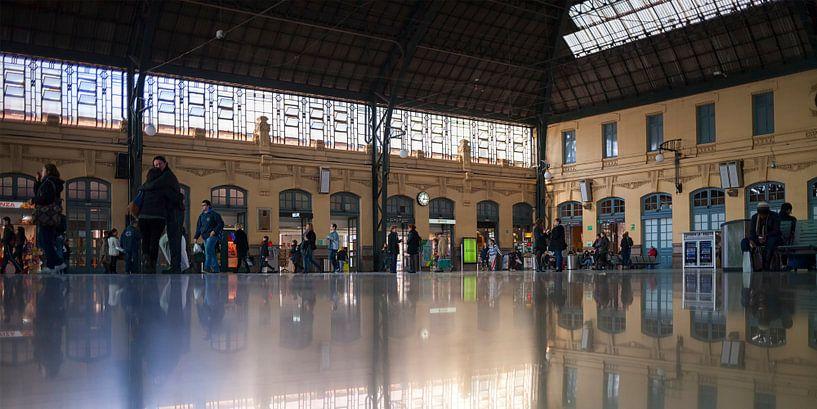 Station València-Nord van Rob van der Teen