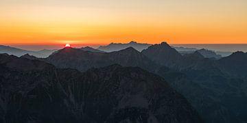 Sonnenuntergang auf dem Gipfel von Denis Feiner