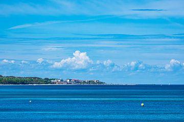 Blick von Heiligendamm über die Ostsee auf Kühlungsborn von Rico Ködder