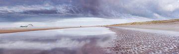 Strand Schoorl aan zee van Marc Hollenberg