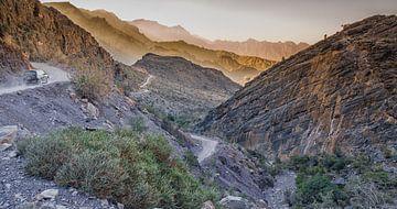 Offroad door Jebel Shams van Karin Mooren