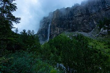 staubbach waterval van Mark Lenoire