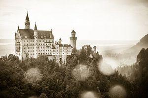Extérieur du château de Neuschwanstein à Schwangau, en Bavière, en Allemagne. sur WorldWidePhotoWeb