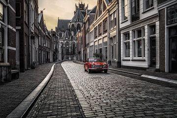 Ein Triumph in einer Dordrechter Straße von Dennisart Fotografie