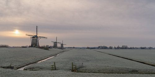 Winterlandschap met 3 windmolens