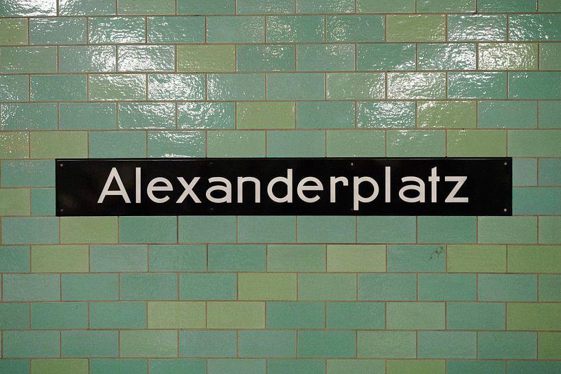 Alexanderplatz metro tegels van Jeroen Götz