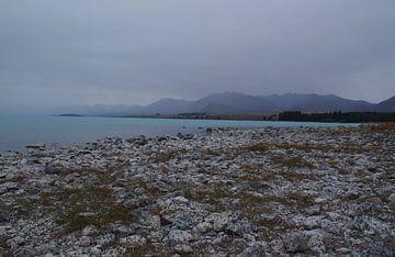 Gletsjermeer Nieuw Zeeland van Dennis Rietbergen