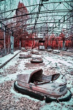 Kermis Pripyat infrarood van Lars Beekman