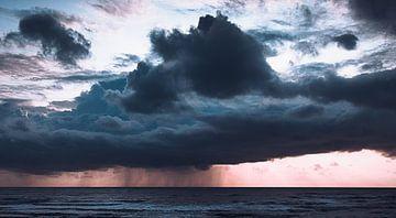 storm op zee van Johan Strijckers