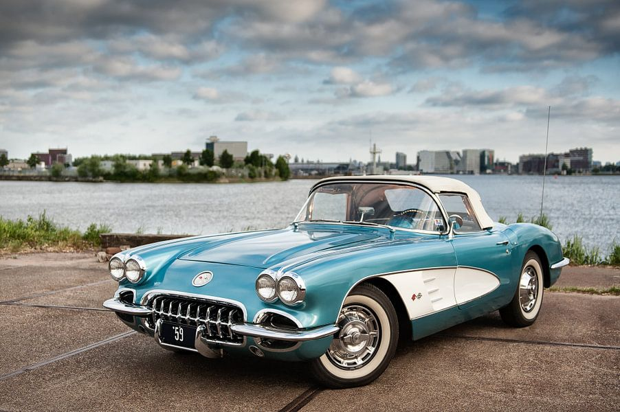 '59 Chevy Corvette (randloos) van Wim Slootweg