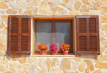 Finca Fenster von Angelika Stern