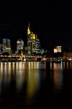 Frankfurt bei Nacht von Dirk Rüter