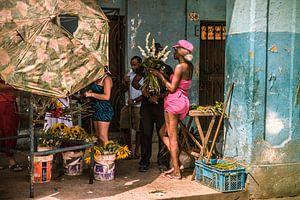 Bloemenmeisje in Havana van