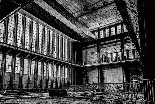 ramen, dranghekken en balkons voormalige electriciteitscentrale