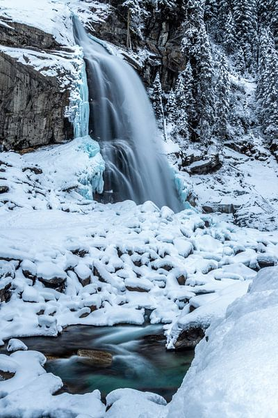 Waterval in de sneeuw van Durk-jan Veenstra