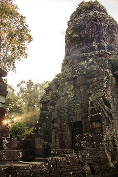 Zonsopgang tempel van Lizette Schuurman