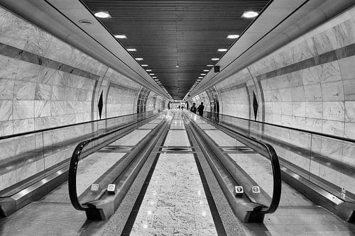 Monte Carlo, Monaco, station, roltrappen, zwartwit foto, symmetrie