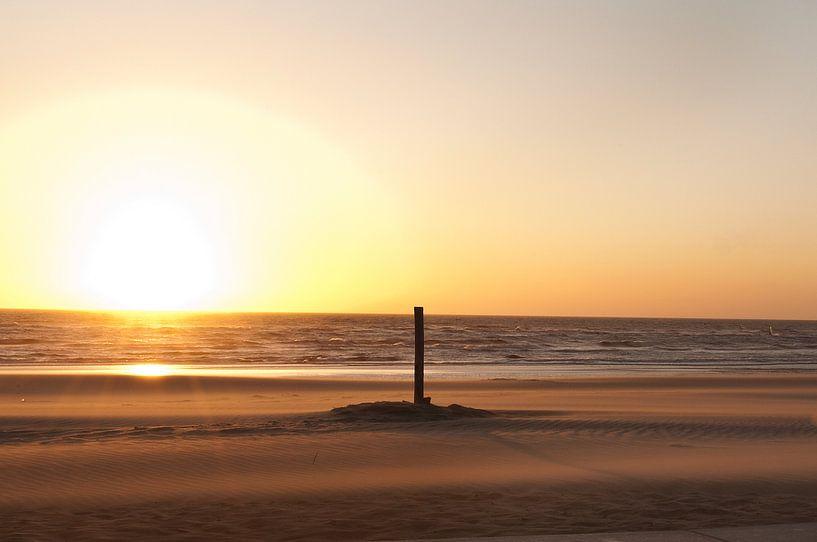 Rustige zonsondergang van Doris van Meggelen