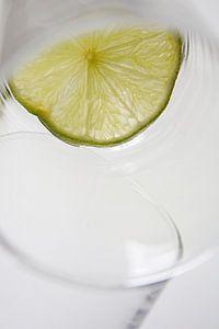 Limoen in glas van