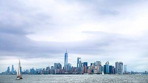 Zeilboot voor de Skyline New York