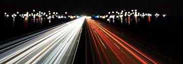 Lichtspuren autobahn abstrakt von Dörte Stiller