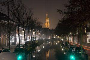 Nieuwe Kerk Delft 's-avonds van Marcel Lodders