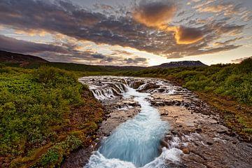 Waterfall in wild landscape after sunset van Ralf Lehmann
