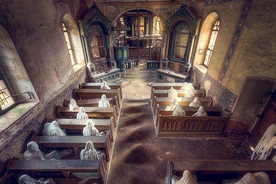 Spookachtige Kerk van Roman Robroek