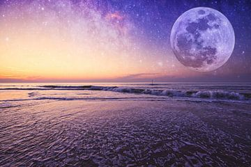 Zonsondergang met sterrenhemel en maan van Wouter Kouwenberg