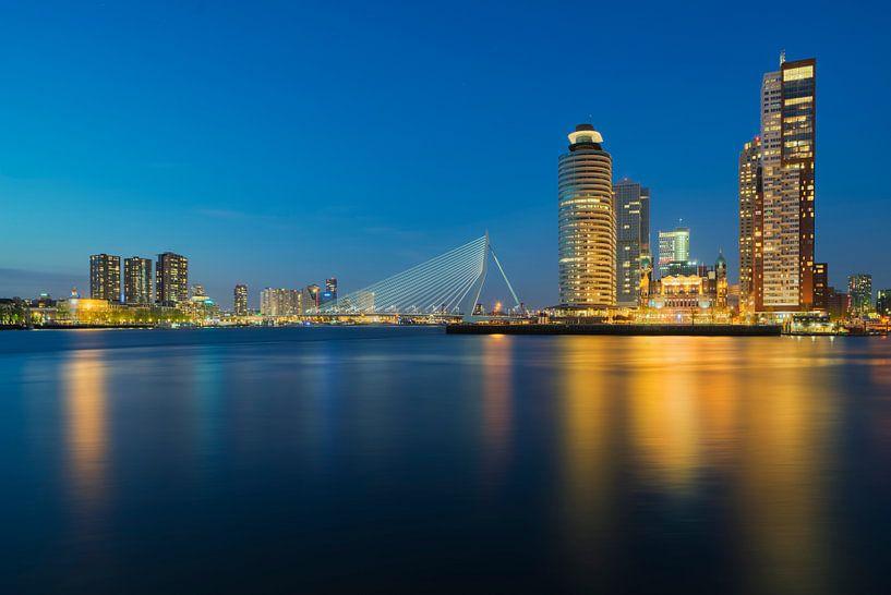 Golden Skyline Rotterdam van M DH