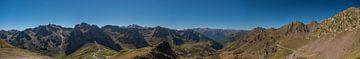 Mountain View Panorama Pyreneeën van Maaikel de Haas