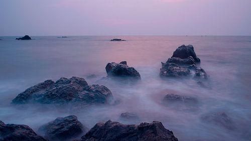 Sea of fog at Sunset van
