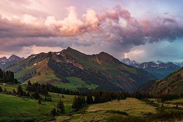 Orages dans les montagnes