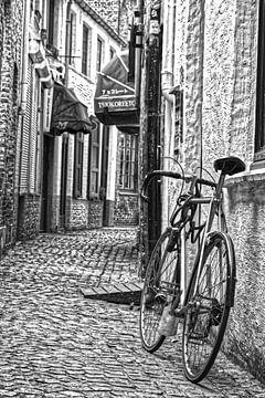 Enge Straße in Brügge von Frank Amez
