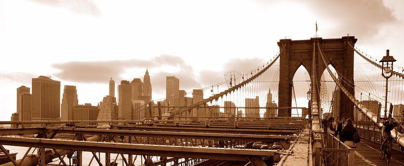 Brooklyn Bridge Sepia Panorama sur Paul van Baardwijk