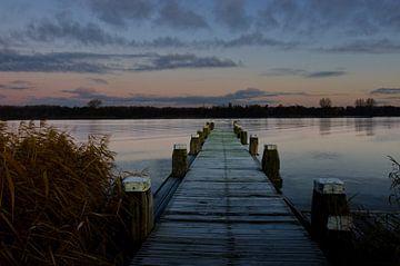 der Steg an einem schönen Morgen von Petra Vastenburg
