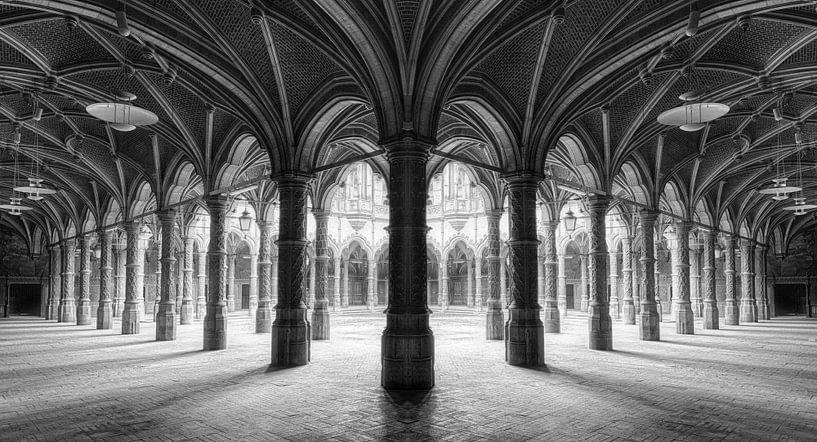 Pilarengalerij Chambre du Commerce von Marcel van Balken