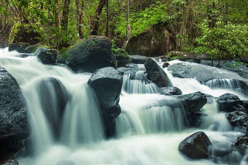 Suoi Tranh waterval van Giovanni della Primavera