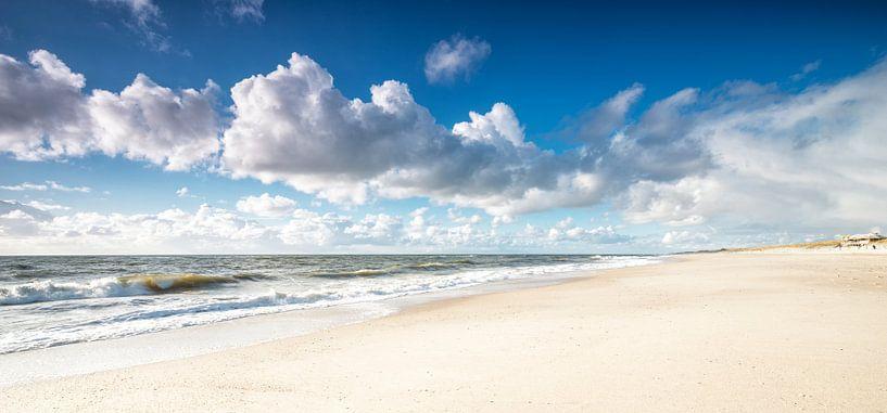 Bewolkt Sylt van Dirk Thoms
