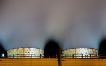 Nachtelijk werk Botlek Rotterdam van Guido Akster