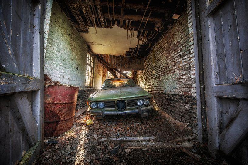 Verlaten BMW auto van Steven Dijkshoorn