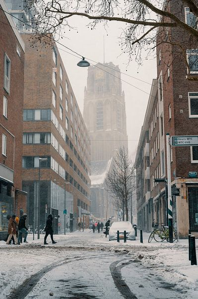 Die Meent und die Laurenskerk im Schnee von Paul Poot