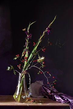 Stilleven 'Paarse herfst ' van Willy Sengers